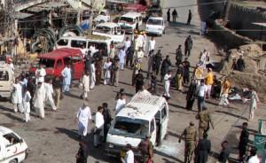 В результате взрыва в Пакистане погибли 29 человек